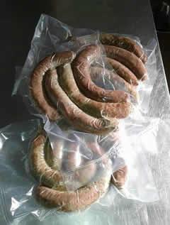 Bratwurst aus Straußenfleisch